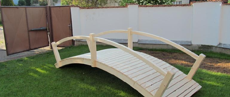 Zahradní mostek